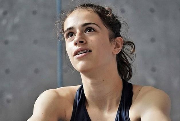 """Franse muurklimster Luce Douady (16) komt om bij val tijdens uitstap met vrienden: """"Ze had een grote toekomst voor zich"""""""