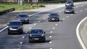 Europa's grootste leasebedrijf brengt tweedehands bedrijfswagens op de baan