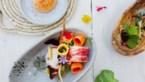 Sjiek zomerrecept: couscoussalade met kreeft, olijfjes, jonge wortel en harissa