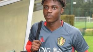 Anderlecht ziet 16-jarig toptalent Romeo Lavia dan toch vertrekken