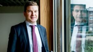 LIVE. Bernard Vanheusden is de nieuwe rector van de UHasselt
