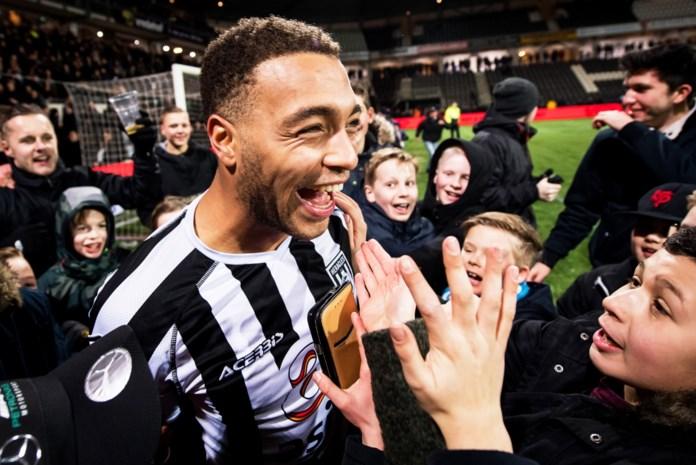 KRC Genk haalt Dessers binnen: topschutter van de Eredivisie tekent voor vier seizoenen