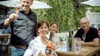 <B>Terras van de week: rosé met bubbels op het wijnterras van Aldeneyck</B>