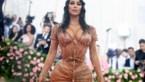 Kim Kardashian opnieuw onder vuur voor wespentaille