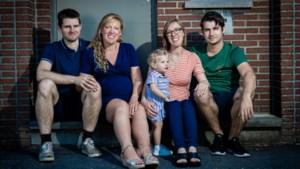Opvallende familieband: zussen Joke en Heleen zwanger van broers Jan en Pieter