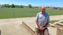 Joyrider laat sporen achter op voetbalveld van voetbalclub VV Heers