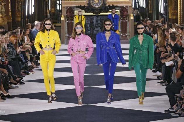 Parijse modeweek gaat door met fysieke modeshows