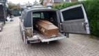 Franse douane stopt lijkwagen die 65 kilo cannabis in lijkkisten vervoerde