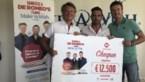 De Romeo's zamelen met 500 kilometer frikandellen 12.500 euro in voor Make-A-Wish