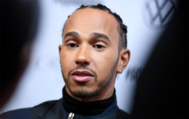 """Lewis Hamilton veroordeelt uitspraken oud-chef Ecclestone: """"Dit is exact wat er mis is"""""""