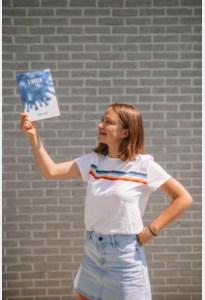 16-jarige Sanne schrijft boek tijdens lockdown