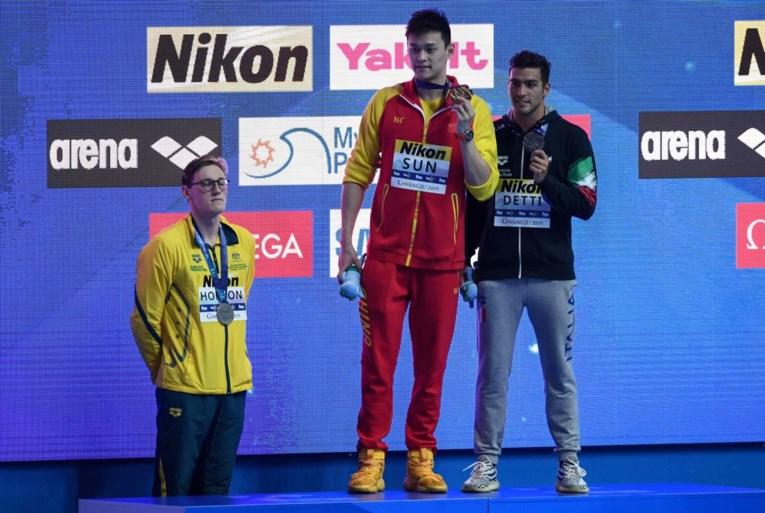 """Kyle Chalmers, die Timmers van olympisch goud hield, haalt uit: """"Wantrouw helft van concurrenten"""""""