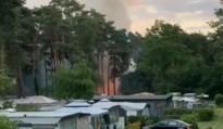 Vier caravans vliegen in brand op camping Salamander in Maasmechelen