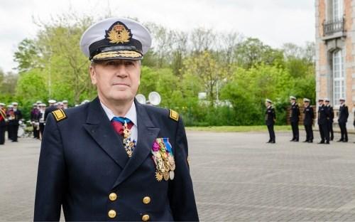Vice-admiraal Michel Hofman wordt nieuwe legerbaas