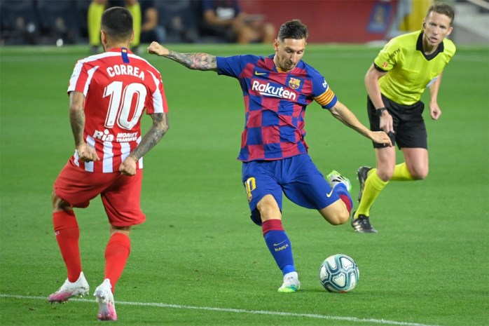 Messi scoort 700ste carrièredoelpunt met panenka