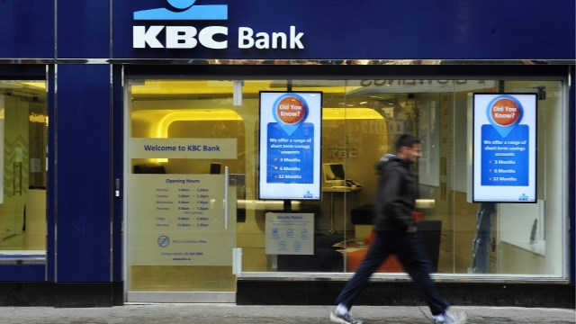 KBC snoeit in kantorennetwerk