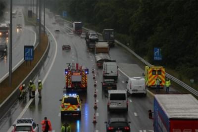 Ongeval door waterplas op E314 in Heusden-Zolder