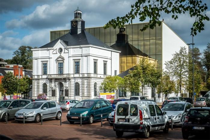 Oppositie Leopoldsburg stapt op tijdens vragenronde over opvangcentrum