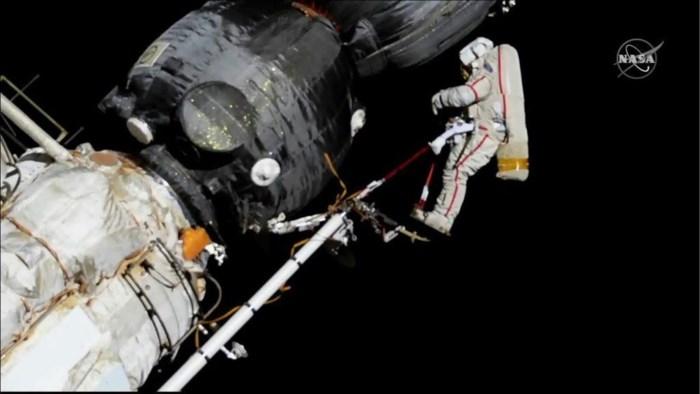 Primeur: ruimtetoerist kan vanaf 2023 ruimtewandeling maken