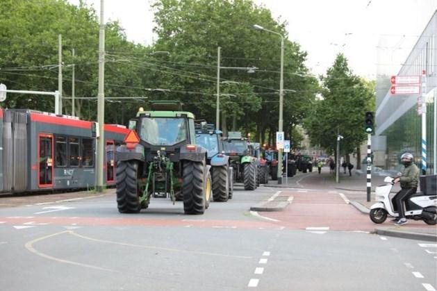 """Den Haag krijgt militaire hulp tegen boerenprotest: """"Ze blijven zo lang als nodig is"""""""