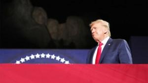 """Donald Trump haalt uit naar protesten: """"Genadeloze campagne tegen onze Amerikaanse iconen"""""""