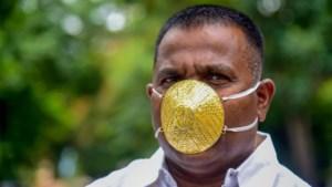 """Indiër koopt gouden mondmasker van 3.500 euro: """"Niet zeker of het me zal beschermen"""""""