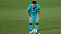 """Barcelona-voorzitter heeft nieuws over de toekomst van Messi en schiet op Real: """"VAR bevoordeelt altijd dezelfde ploeg"""""""