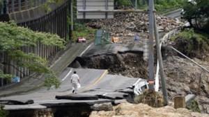 Overstromingen Japan kostten al minstens 50 mensenlevens