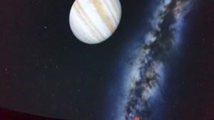 'Full Dome'-projectie vergroot mogelijkheden in Kattevennen-Cosmodrome