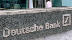 Banden met Epstein komen Deutsche Bank duur te staan, boete van 133 miljoen euro