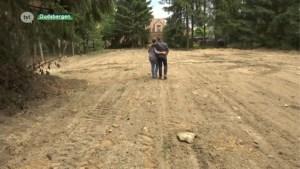 """Zonevreemd huis in Oudsbergen afgebroken: """"Wij wisten van niks"""""""