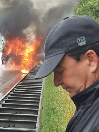 Trip naar Normandië eindigt met uitgebrande auto in Lummen