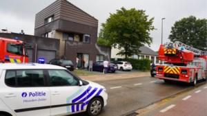 Bewoonster voor controle naar ziekenhuis na brandje in appartementsblok in Zolder
