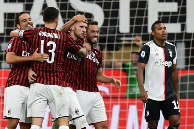 AC Milan stunt tegen Juventus met drie goals in vijf minuten (maar Saelemaekers was net gewisseld)