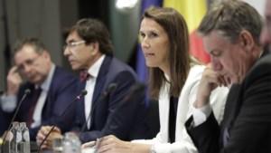 Nationale Veiligheidsraad buigt zich volgende week over verplichting mondmaskers