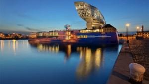 Sterrenchef serveert pop-updiners op het water in Antwerpen