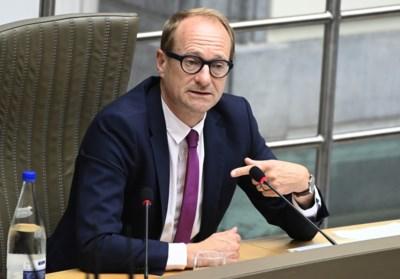Vlaams minister van Onderwijs Ben Weyts (N-VA) wil campagne om lezen hip te maken