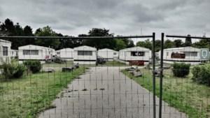Eerste asielzoekers nu al weg uit Parelstrand
