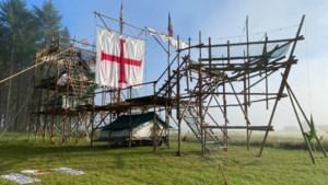 Scouts Leopoldsburg bouwen megaschip met 400 palen en 12 kilometer touw