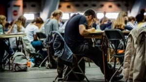 Uitblijven van regeringsbesluit legt bom onder toelatingsexamen arts en tandarts