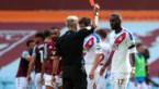 Christian Benteke krijgt fikse uitbrander van zijn trainer