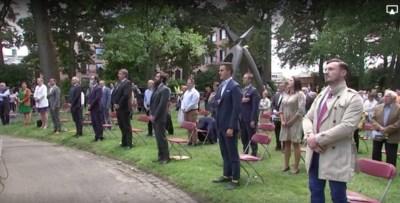 Hoe een veroordeelde Franse extremist op eerste rij Vlaamse 11 juliviering belandde