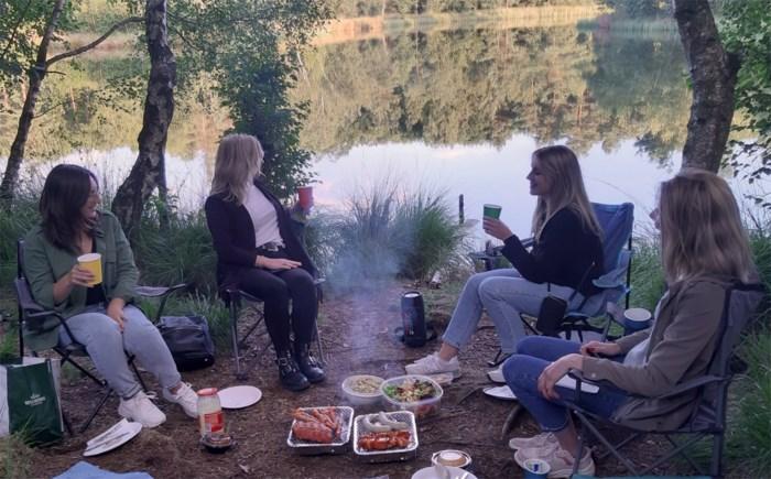 Kortbijtip van de Goesting-redactie: Instant barbecue aan Oudsbergse vennen