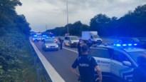 Politiehelikopter, achtervolging en wegversperring na melding van ontvoering