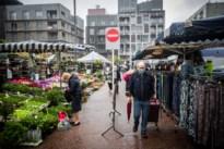 """Genkenaren gaan braaf met mondmasker naar de markt: """"Verplichting mocht zelfs eerder"""""""