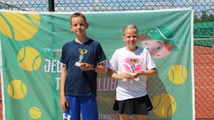 CLUBNIEUWS. Lees hier de laatste nieuwtjes over de Limburgse tennistornooien