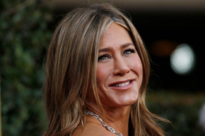 Jennifer Aniston smeekt om mondmasker te dragen met foto van doodzieke vriend