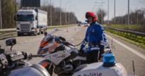 Tot 10 kilometer file op E314 in Genk door vrachtwagen met klapband