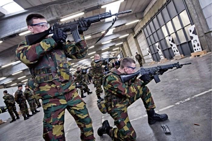 Militairen op oefenkamp in Eksel testen negatief op corona