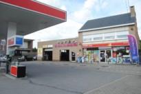 Burgemeester Leopoldsburg legt ook sluitingsuur op aan shops tankstations